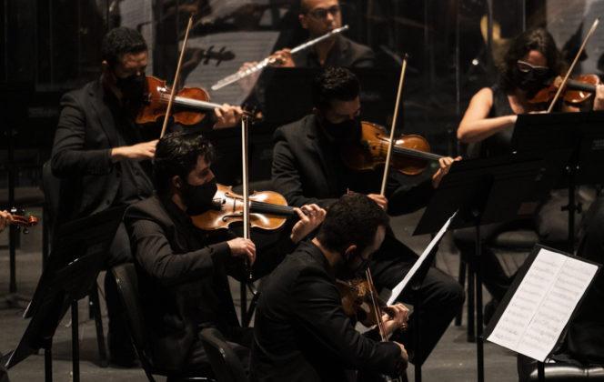 Infinitos Traçados: Orquestra do Theatro São Pedro e São Paulo Companhia de Dança